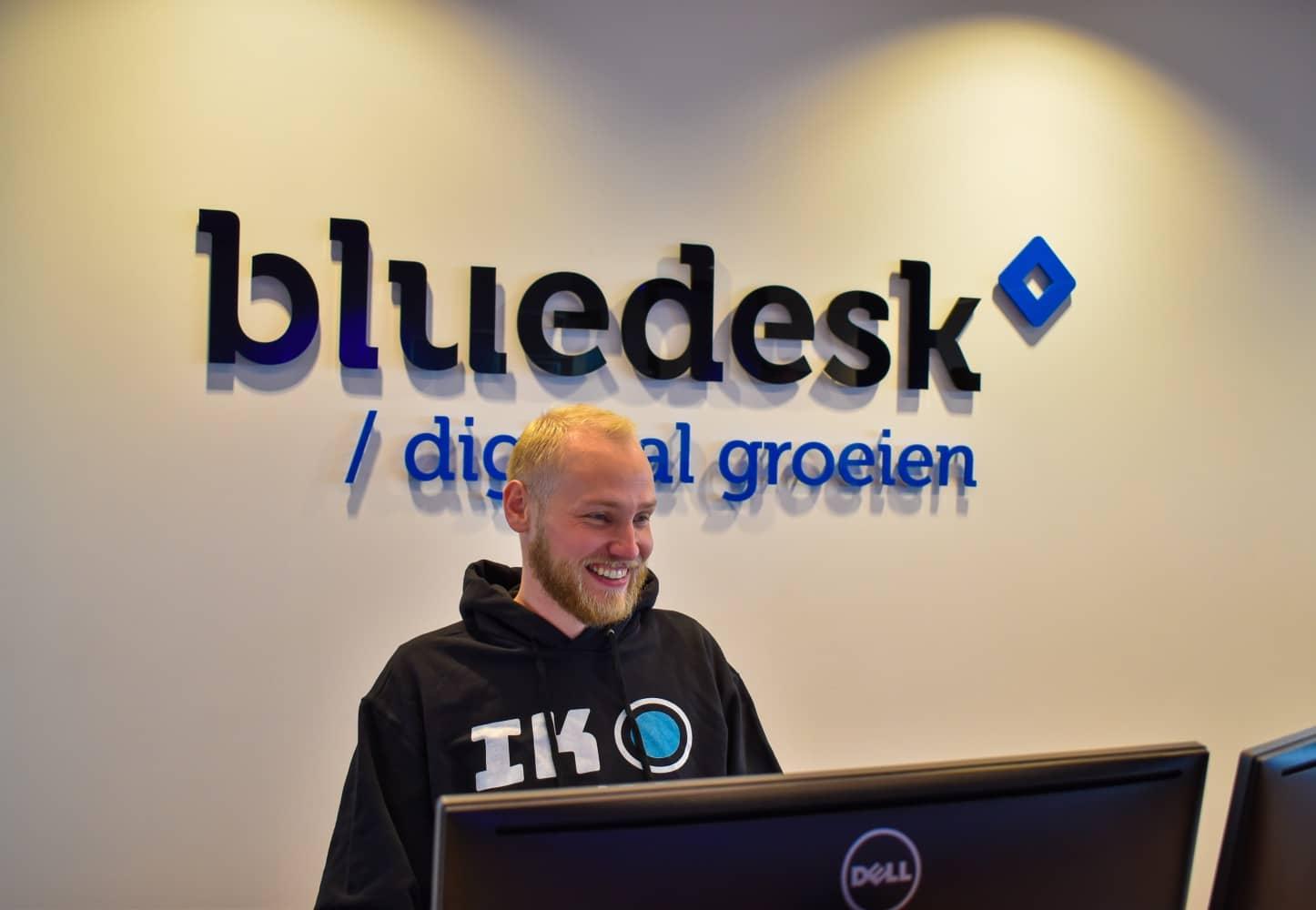 jesse-bluedesk